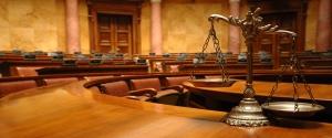 لزوم استخدام وکیل